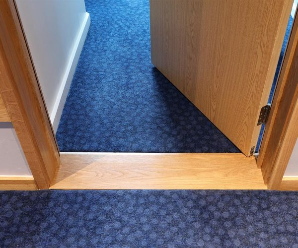 1024px__0012s_0010_Travelodge-Redhill-12-low res.jpg